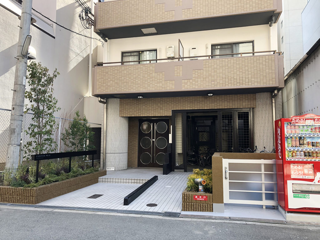WithAROMAコスモリード大阪本町外観
